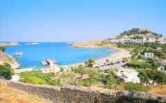 På Rhodos er der smukke badebugte. Se mere på www.apollorejser.dk/rejser/europa/graekenland/rhodos.