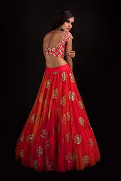 Stunning scarlet red phool lehenga and blouse with hand embroidery work Banjara by Mrunalini Rao. Lehenga Saree Design, Floral Lehenga, Lehenga Designs, Bridal Lehenga, Bridal Lenghas, Lehenga Choli, Anarkali, Indian Wedding Outfits, Indian Outfits