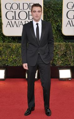 Robert Pattinson  one of most stylish men at the 2013 golden globes