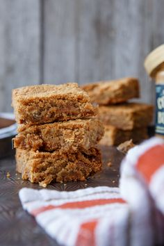 Caramel and White Chocolate Chip Cookie Butter Blondies
