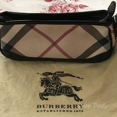074ba6c0d0 Pochette Burberry in condizioni perfette. Pari al nuovo. Angoli in vernice  immacolati. Piccolina