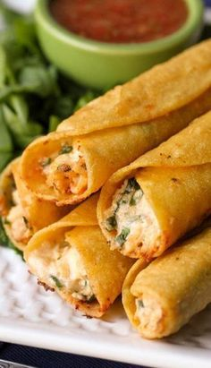Cream Cheese and Chicken Taquitos... they are SO good!! { lilluna.com }