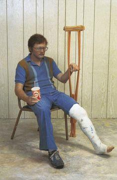Man with Crutch - Duane Hanson