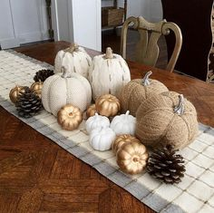 Fall & Thanksgiving decor -neutral, rustic, pumpkin inspired centerpiece for the table | i_heart_home_design
