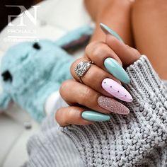 May 2020 - Easy Elegant Nail Designs acrylic Nails natural Nails Nails fall neon Nails gel Nails matte Elegant Nail Designs, Elegant Nails, Stylish Nails, Trendy Nails, Neon Nails, Glitter Nails, Matte Nails, Chrome Nails, Holographic Nails