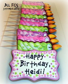 Newest Totally Free Birthday Candles cookies Suggestions If you're an wedding photographer mother or father, or perhaps a photography which limbs occurrenc Galletas Cookies, Iced Cookies, Cute Cookies, Sugar Cookies, Happy Birthday Cookie, Birthday Cookies, Free Birthday, Cookie Frosting, Royal Icing Cookies