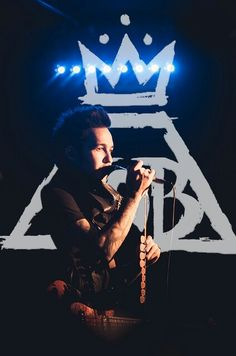 Pete<3<3   Please Follow my tumblr! Its all about Fall Out Boy! http://falloutboypatrickpetejoeandy.tumblr.com/