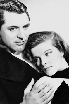 Cary Grant & Katharine Hepburn (The Philadelphia Story, Bringing Up Baby, Holiday, Silvia Scarlett) Old Hollywood Stars, Old Hollywood Glamour, Golden Age Of Hollywood, Vintage Hollywood, Classic Hollywood, Hollywood Men, Katharine Hepburn, Cary Grant, The Philadelphia Story