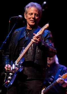 Felder Fix: The Don Felder Photo Thread - Page 50 - The Border: An Eagles Message Board Bernie Leadon, Randy Meisner, Glenn Frey, Hes Gone, Hotel California, Message Board, Just Don, Les Paul, Eagles