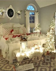 bedroom Cozy & Festive Christmas Bedroom Decorations To Keep Up All Holiday Season - Hike n Dip Indulge in the holiday spirit by decorating your bedroom. Choose from over 50 cozy & festive Christmas Bedroom decorations perfect for the holiday season. Romantic Bedroom Design, Romantic Bedrooms, Romantic Home Decor, Cozy Bedroom, Bedroom Ideas, Master Bedroom, Bedroom Designs, White Bedroom, Master Suite