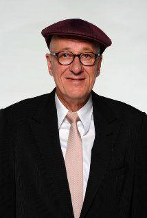 "BEST ACTOR:   (1996)    GEOFFREY RUSH  in  ""Shine"" Born: Geoffrey Roy Rush  July 6, 1951 in Toowoomba, Queensland, Australia"
