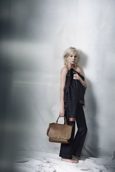 Love the long layers and blunt shorter cut - Peter Lindbergh Photographers Michelle Williams for Louis Vuitton