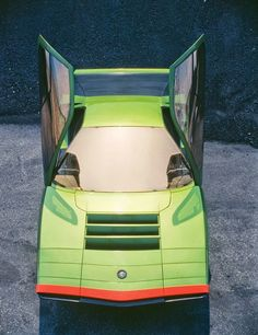 Alfa Romeo Carabo concept car. Built in 1968, based on the 33 Stradale chassis and engine. The scissor doors later inspired the Lamborghini Countach.