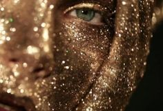 'GOLD' The Golden Girl, by Gustavo Lopez Mañas First we like to feature the artist work, Our ideas are similar and so excited to share this project with you. Some words from the designer, Personal fashion film dedicated to the GOLD color. Moira Burton, Gustavo Lopez, The Wicked The Divine, Gold Bodies, Gold Aesthetic, Paint Photography, Models Makeup, Sparkles Glitter, Book Covers