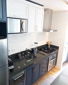 Interior Garage Door Kitchen Ideas For 2019 Kitchen Furniture, Kitchen Dining, Kitchen Cabinets, Dining Room Design, Interior Design Living Room, Kitchen Themes, Kitchen Decor, Kitchen Measurements, Small Apartment Decorating