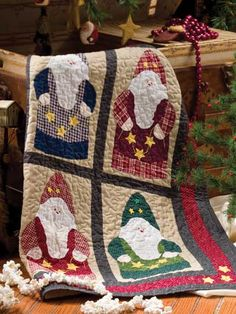 Polish Santas create this holiday wall quilt pattern/instruction $3.99
