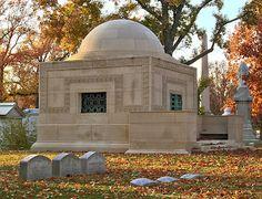 Wainwright Tomb. Louis Sullivan.1892. St. Louis.