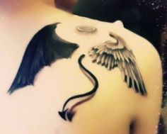 Angel and Devil Tattoo. This is exactly what i want but to cover my entire back. Tattoos 3d, Body Art Tattoos, Tribal Tattoos, Tatoos, Angel Devil Tattoo, Angel And Devil, Alas Tattoo, Angel Y Diablo, Tattoo Photo