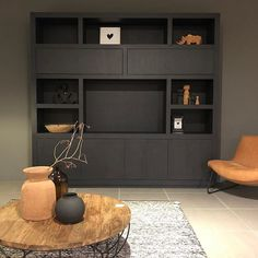 Living Tv, Living Room Built Ins, Feature Wall Living Room, Rugs In Living Room, Home And Living, Living Room Decor, Small Living, Office Interior Design, Best Interior