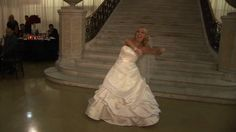 Check out this extra cool surprise wedding dance!