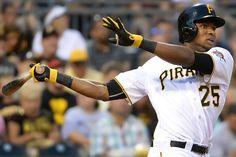 #MLB: Polanco y Bell lideran victoria de Piratas en Filadelfia