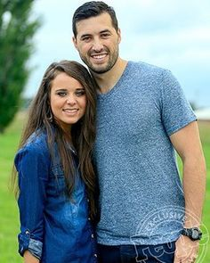 Special announcement that Jinger Duggar is courtship with her boyfriend name is Jeremy Vuolo. And link on @duggarfanforever's bio.