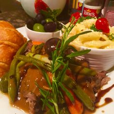 Pork roast brown gravy
