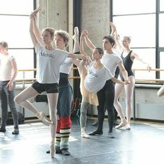 Ballet Boys, Ballet Class, Ballet Wear, Ballet Dancers, Dance Photos, Dance Pictures, Ballet Clothes, Ballet Photography, Ballet Beautiful