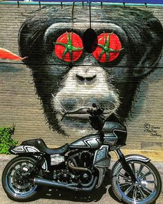 @lone_star_dyna Running around today and saw this cool piece #dyna #motorcycle #photographer #graffiti #urban