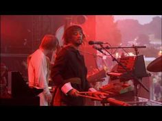Royksopp Remind Me, Glastonbury Live
