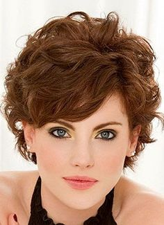 Cortes cabello ondulado corto para mujer
