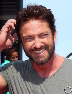 Gerard Butler attends premiere of How to Train Your Dragon 2 in L.A. on June 8, 2014 #HTTYD2