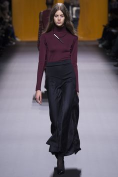 http://www.vogue.co.uk/fashion/autumn-winter-2016/ready-to-wear/hermes/full-length-photos/gallery/1602868