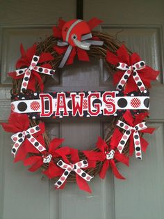 red doors, bulldog, sports wreaths, front doors, uga