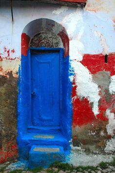 Blue door / Ayvalik,Turkey