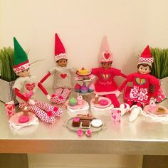 Elf on the Shelf valentines day