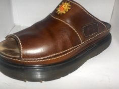 DR. MARTEN WOMENS BROWN LEATHER SIZE 7M MULEIN GOOD SHAPE #DrMartens #Mules