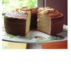 Almond Cream Cheese Pound Cake @keyingredient #cake #cheese