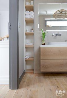 Modern Bathroom Tile, Ensuite Bathrooms, Bathroom Design Small, Bathroom Renos, Bathroom Layout, Bathroom Interior Design, White Bathroom, Room Interior Colour, Interior Balcony