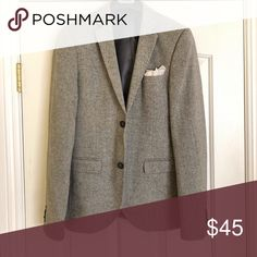 TopMan Grey Skinny Suit Blazer w/ Pocket Square Great Jacket, Warm but still have breathes. Pocket square included. Topman Suits & Blazers Sport Coats & Blazers