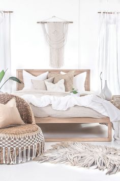 Uniqwa's Strand Bed in French oak covered in beautiful linen bedding ✨ We love dreamy bedrooms filled with organic tones ?✨ ➳ Also featuring our Mele Stool making the perfect bedside table with our ➳ Inkosi Vases available in three sizes, ➳ Bindu Bask Retro Home Decor, Cheap Home Decor, Home Decor Bedroom, Master Bedroom, Bedroom Ideas, Bedroom Bed, Bedroom Designs, Oak Bedroom Furniture, Furniture Design