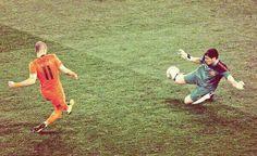 Parada de Casillas a Robben #Mundial2010