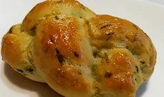 Škvarkové housky s medvědím česnekem Spanakopita, Baked Potato, Food To Make, Food And Drink, Potatoes, Bread, Homemade, Baking, Ethnic Recipes