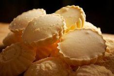 Recept: Rakvičky | Nebíčko v papuľke Candy Recipes, Sweet Recipes, Cookie Recipes, Dessert Recipes, Slovak Recipes, Czech Recipes, Czech Desserts, Baking Cupcakes, Sweet And Salty