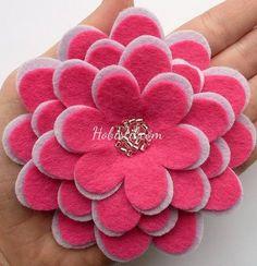 Keçeden Çiçek Nasıl Yapılır Floral, Flowers, Handmade Cards, Feltro, Stop It, Craft Cards, Royal Icing Flowers, Diy Cards, Flower