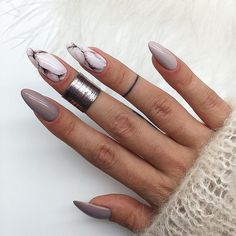 Beige gel polish Evening nails Festive nails Multi-color nails New years nails Painted nail designs Two color nails Winter nail art Cute Nail Art, Beautiful Nail Art, Cute Nails, Beautiful Pictures, Nail Art Design Gallery, Best Nail Art Designs, Oval Nail Designs, Marble Nail Designs, Art Gallery