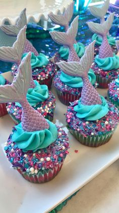 Best cupcakes I've ever made! By me!You can find Little mermaid parties and more on our website. Best cupcakes I've ever made! By me! Mermaid Birthday Cakes, Girl Birthday, Mermaid Themed Party, Mermaid Birthday Party Ideas, Mermaid Party Decorations, Cupcake Decoration, Mermaid Party Food, Mermaid Babyshower Ideas, Birthday Themes For Girls