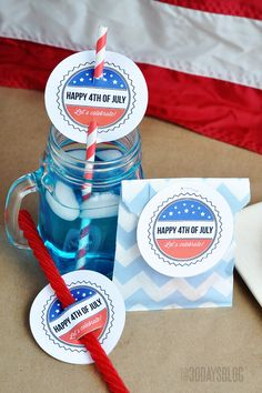 of July Printable done 3 different ways. Great decoration or snack tag for your fourth of July party. Patriotic Crafts, Patriotic Party, July Crafts, Diy And Crafts, Paper Crafts, 4th Of July Celebration, 4th Of July Party, Fourth Of July, Happy 4 Of July