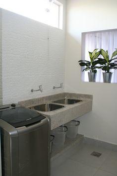 Outdoor Laundry Rooms, Modern Laundry Rooms, Hobby Design, Spanish Home Decor, Laundry Room Design, Laundry Area, Laundry Room Organization, Small Room Bedroom, Dream Decor