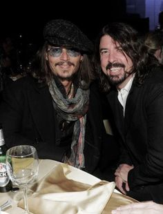 Dave and Johnny Depp.too much cool in one photo.Depp you are a cutie but Dave, that bibles John Depp, The Sky Tonight, Foo Fighters Dave Grohl, Here's Johnny, Hollywood Men, Hot Actors, Good Looking Men, Best Actor, Music Is Life